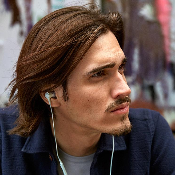 Présentaion écouteurs intra-auriculaires SoundTrue Ultra ControlSound