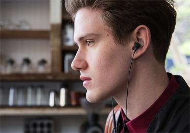 Un son de qualité écouteurs intra-auriculaires SoundTrue Ultra ControlSound
